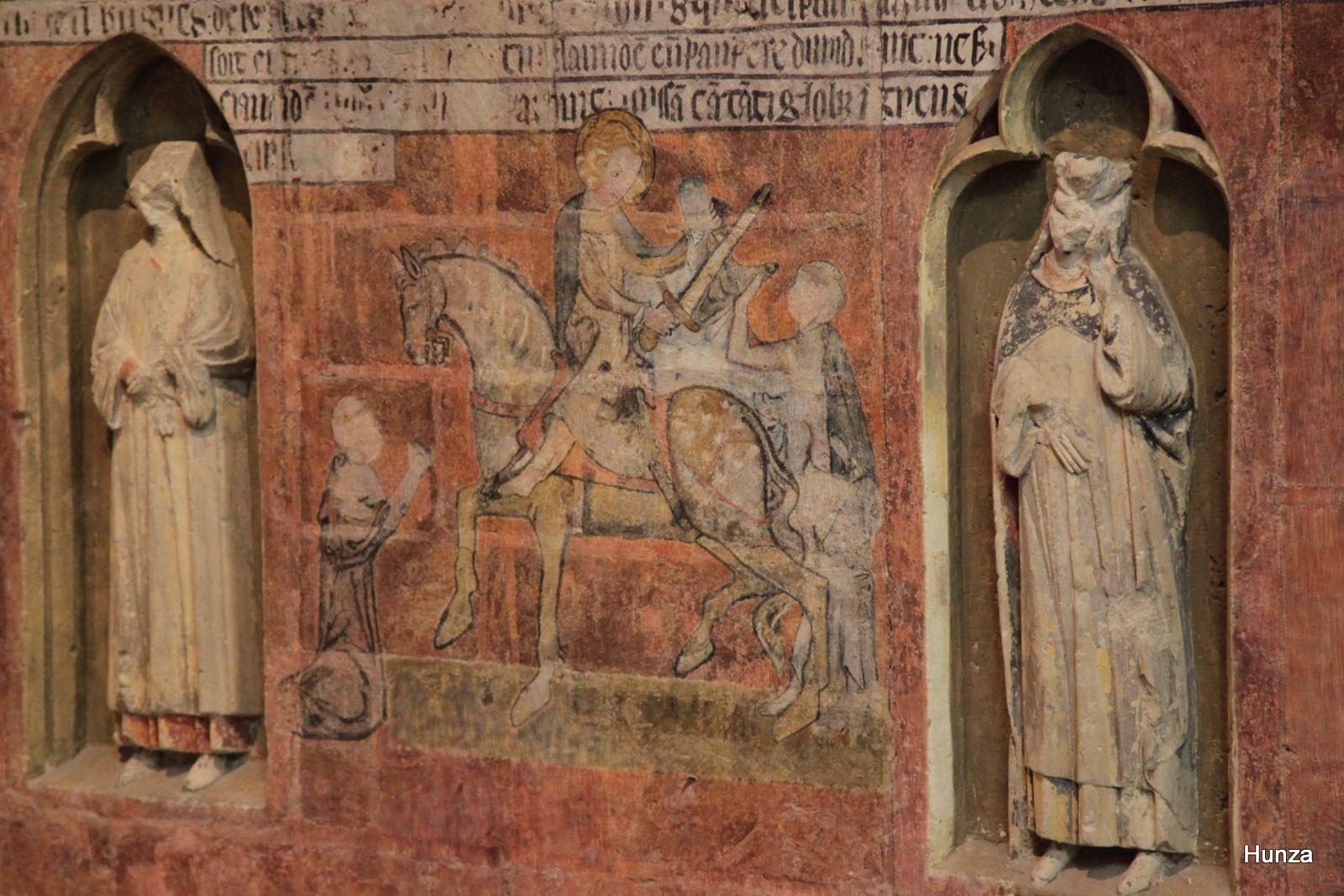Cathédrale de Tours, peinture murale de Saint-Martin partageant son manteau