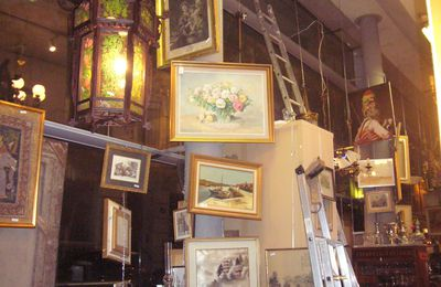 QUELQUES PEINTURES EN STOCK RUE BERNARD PALISSY
