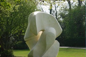 A touch of Henry Moore (22)