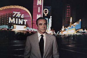 Sean Connery, Who Embodied James Bond and More, Dies at 90
