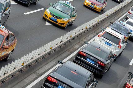 L'ensemble des voitures vendues par les grands constructeurs en 2018 vont polluer autant que tous les habitants de l'Union européenne en un an!  Bravo!