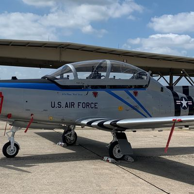 "Beechcraft T-6 ""Texan II"" - 12th Flying Training Wing - 39th Flying Training Squadron (39 FTS) - Heritage P-51 Mustang flown during WW2 by Capt. Leroy Grosshuesch"