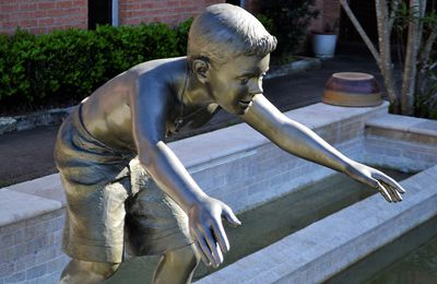 Bronze Kid Statues - Things That Children Will Absolutely Love
