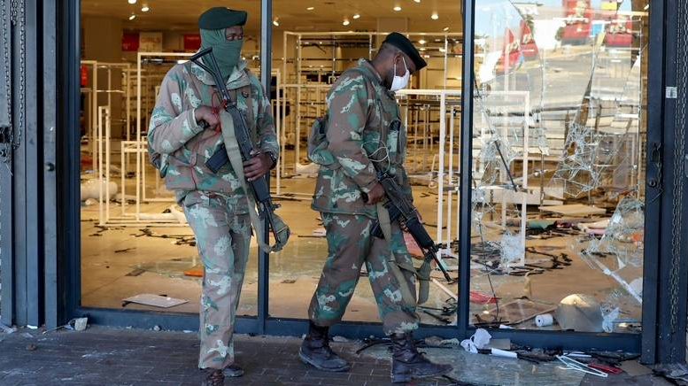 10 people dead after shopping mall stampede in South Africa