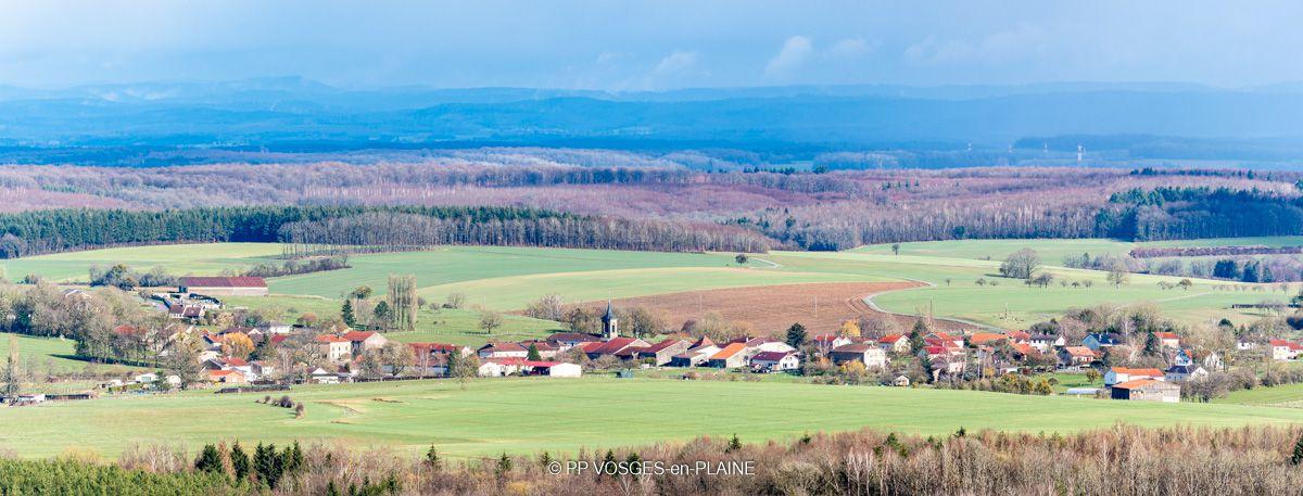 Vue imprenable sur les Vosges depuis le Belvédère de la Croix de Virine
