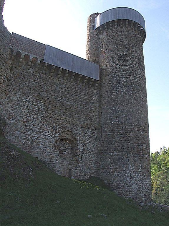Diaporama château de Rochebaron à Bas en Basset