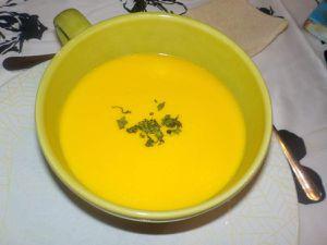 Un nouveau venu dans ma cuisine et.............crème de carottes .
