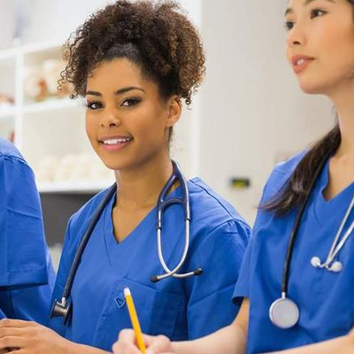 Writing a good Medical assistant description can land you great jobs