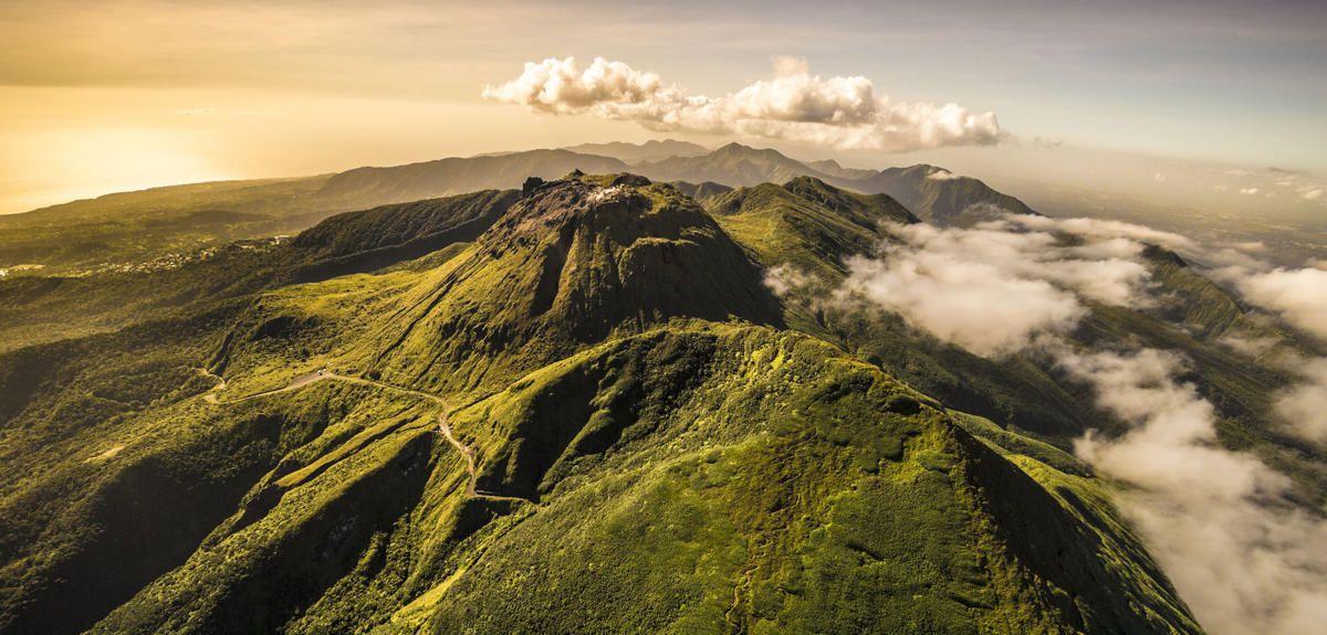 La Soufrière de la Guadeloupe - CNRS archive image - one click to enlarge