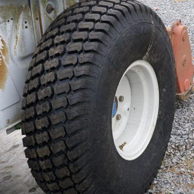 Tout savoir sur le pneu de tracteur agricole
