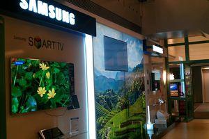 Corner Samsung dédié à la convergence à la FNAC : beau partenariat enseigne industriel.