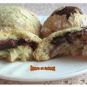 Biscuits craquelés au Nutella - www.sucreetepices.com