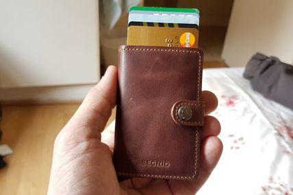 Secrid Wallets : des mini-portefeuilles plutôt bien pensés
