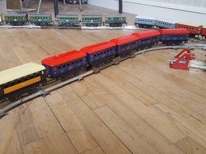 Arrivage massif de trains mécaniques