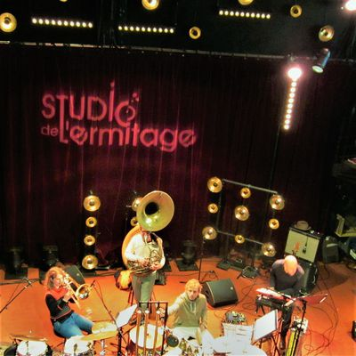 SURNATURAL ORCHESTRA à l'Ermitage en direct sur France Musique