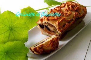 Pâté de Canard en Croûte aux Pistaches et aux Olives