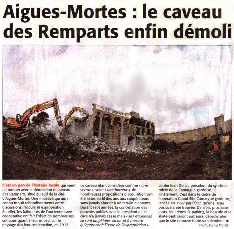 """Cave coopérative """"Les Remparts"""" à Aigues-Mortes."""