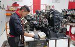 Les apprentis mécaniciens en examen au CFA