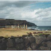 023bis- Ile de Pâques, Ester island, Isla de Pascua, Rapa Nui- Hanga roa, Moai, Tangata Manu, photos février 2002, Ahu sites Tongariki, Anakena, Vinapu, Rano kau, Rano Raraku, GeoMar - SKREO-Dz