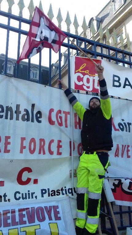 5 DECEMBRE : 8000 au Puy, des centaines de milliers dans toute la FRance. La grève reconductible s'étend.