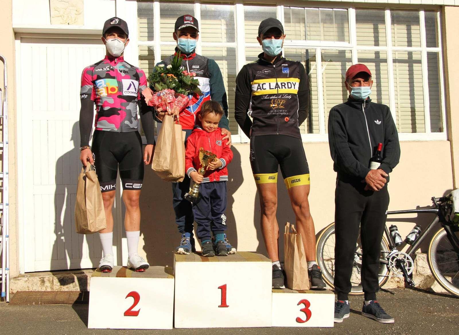 Les résultats des courses UFOLEP 1 et 2 de Fontenay sur Conie (28)