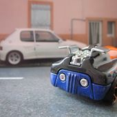 OCTAINIUM HOT WHEELS 1/64 - VOITURE FUTURISTE - car-collector.net