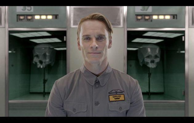 Alien Covenant : Michael Fassbender incarne deux robots