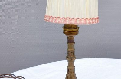 LAMPE BOUGEOIR PIEDESTAL TRIPODE - 60 euros