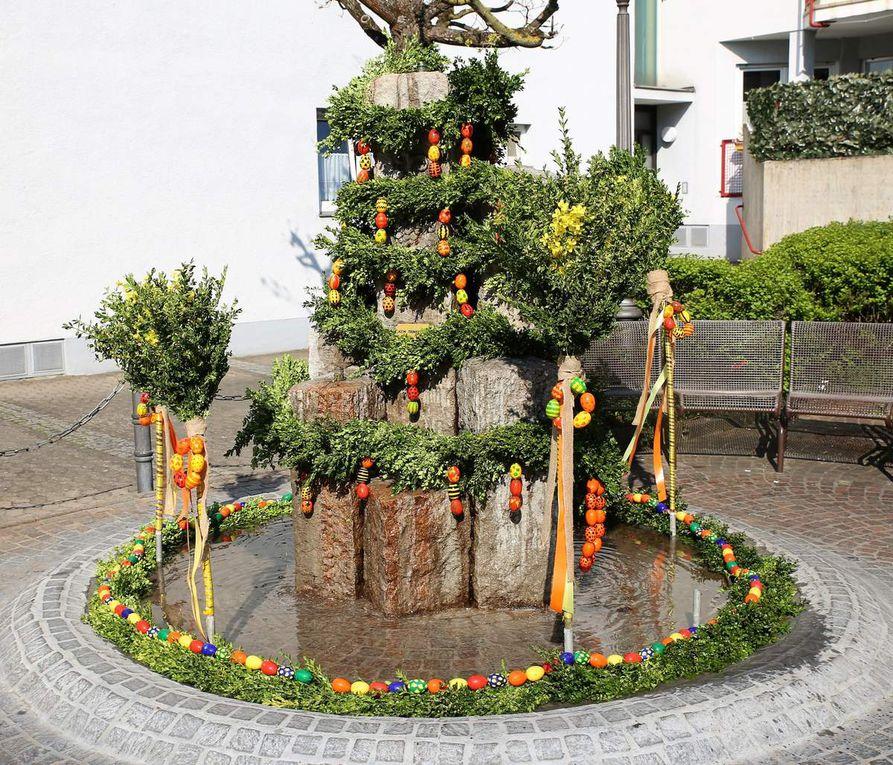 Kolpingfamilie gestaltete wieder schmucken Osterbrunnen im Veitshöchheimer Altort