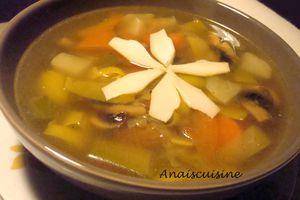 Délicieuse soupe de légumes sans mixeur