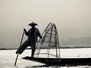 Pêcheurs en noir et blanc...