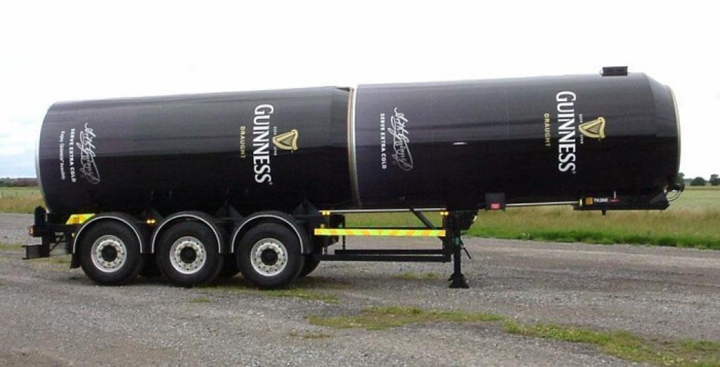 Publicité Guiness sur camion