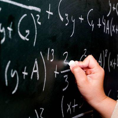 Comment prendre des cours de mathématiques par correspondance ?
