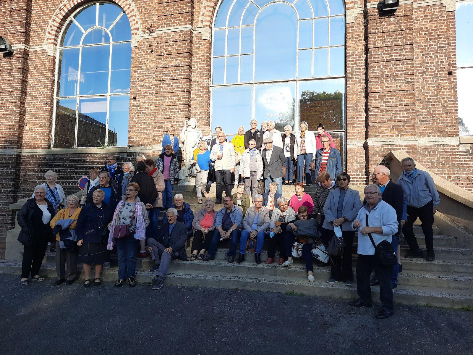 Visite de 53 P du CCAS d'Annoeullin , accompagné de l'adjoint au Maire : Mr Dubar