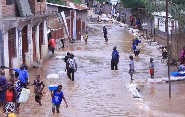 En RDC, les victimes d'inondations coupées du monde