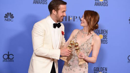 "GOLDEN GLOBES 2017: ""LA LA LAND"" DOMINE, ""ELLE"" LE SUIT"