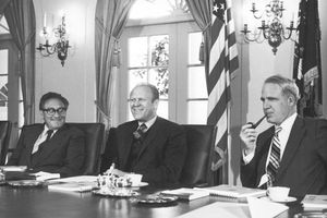 James Schlesinger dies at 85; former Defense secretary and CIA chief