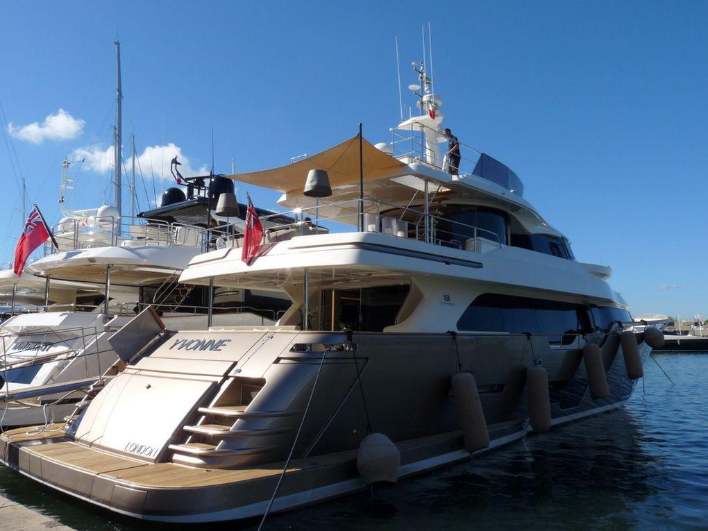 YVONNE , dans le port de Saint Tropez le 21 septembre 2015