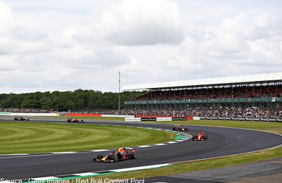 Silverstone rajoute une tribune pour répondre à la demande