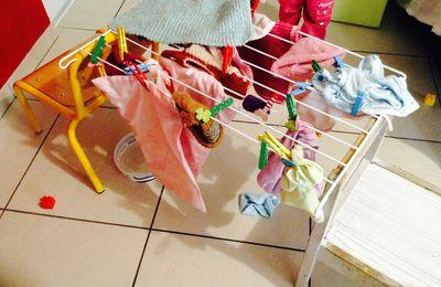 La lessive des poupées, dernière séance avec les enfants d'âge préscolaire