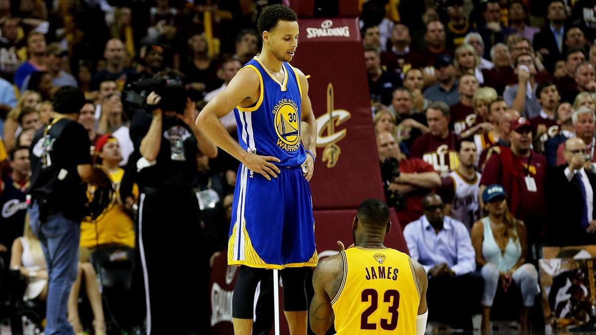 Vente de maillots: Steph Curry devant LeBron James