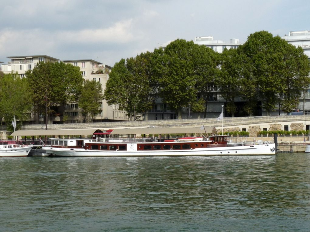 DON JUAN  II , sur la Seine à Paris le 22 septembre 2016