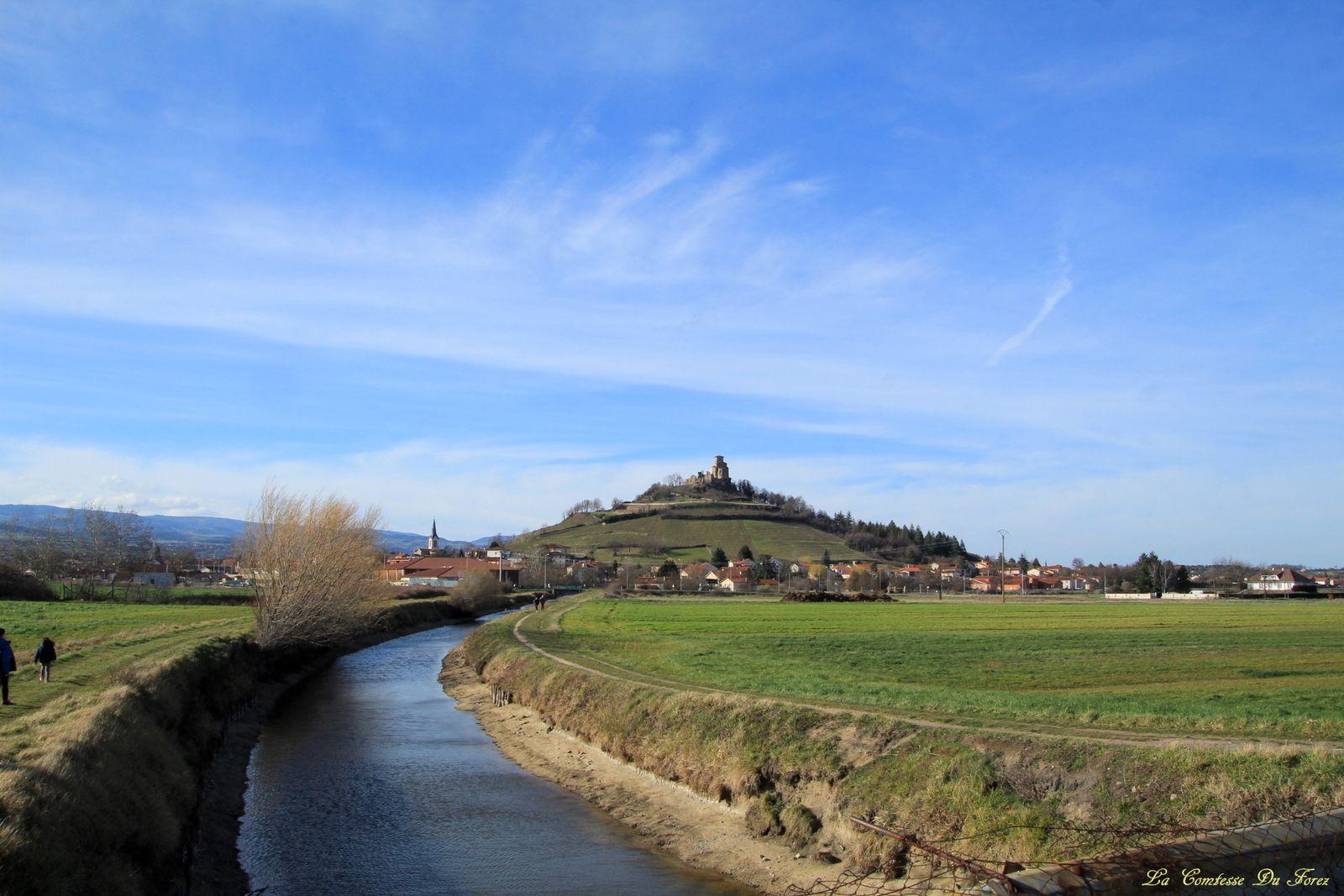 Prieuré de Saint-Romain-le-Puy (42600, Loire)