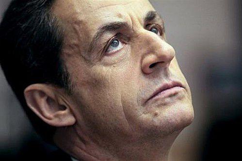 Sarkozy a de plus en plus de mal avec le peuple : insultes à la Réunion