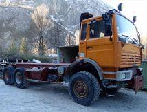 Camion THOMAS Renault  6x6 Rq. 40t