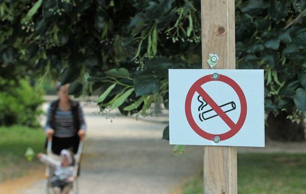L'interdiction de fumer devant les écoles sera effective à la rentrée sur Bordeaux