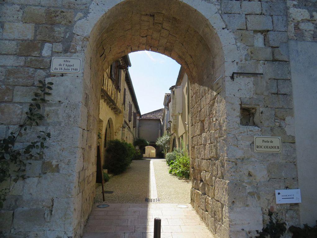 """""""Un des plus beaux villages de France"""" cité d'histoire et de légende du Gers"""