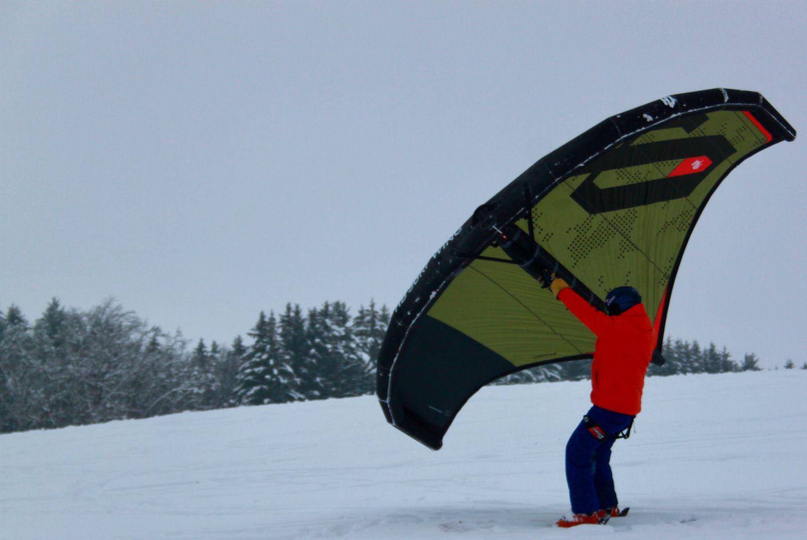 Vous prendrez bien un peu de Wing sur votre neige....