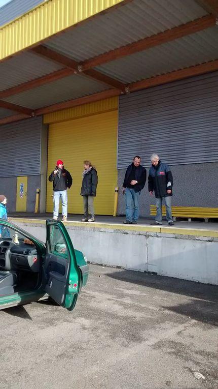 Chargement du 40ft container (envoi no 9) 24 janvier 2015