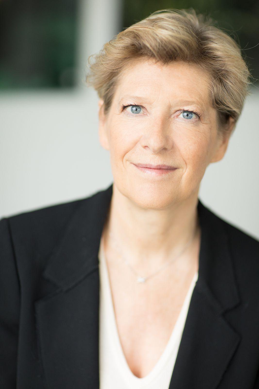 Fabienne Dulac, Directrice générale adjointe et CEO d'Orange France était vendredi dans l'Eure pour annoncer l'arrivée d'Orange en tant que fournisseur d'accès internet sur le réseau public de l'Eure.